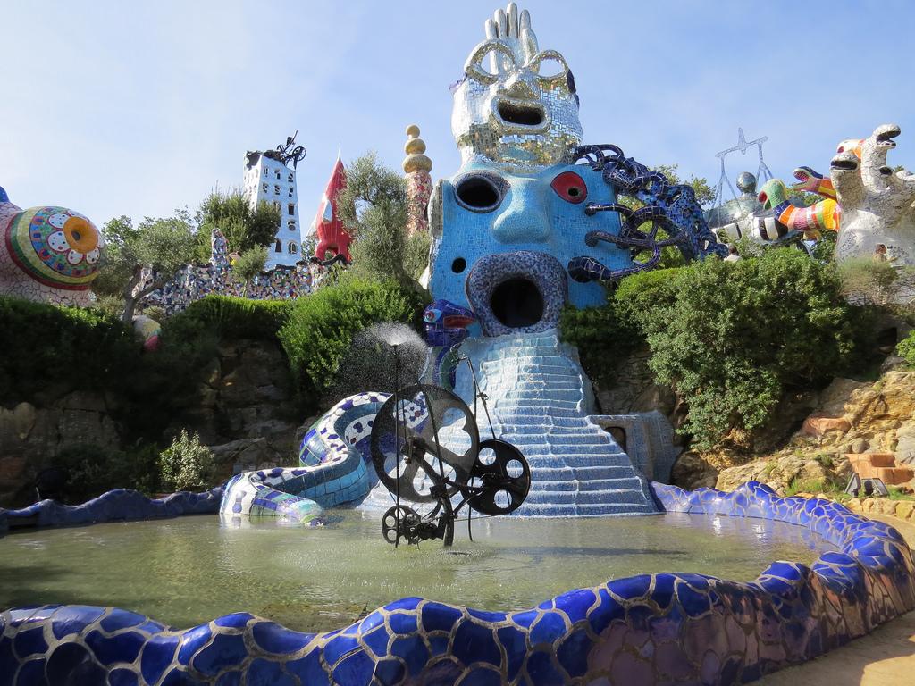 Giardino dei tarocchi di capalbio un mondo incantato nel cuore della toscana - Capalbio giardino dei tarocchi ...